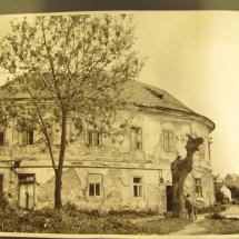 Chodovská tvrz v roce 1968
